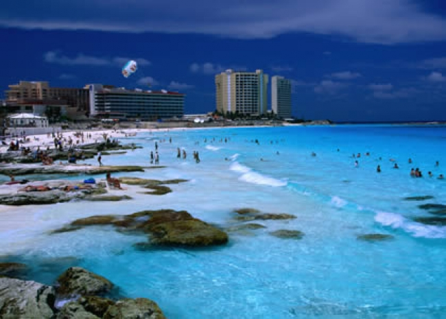 traveling-to-cancun